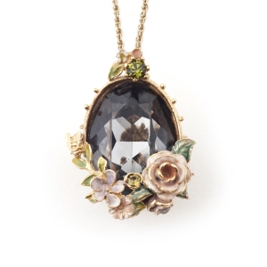 Scenes of Nature Rose Pendant