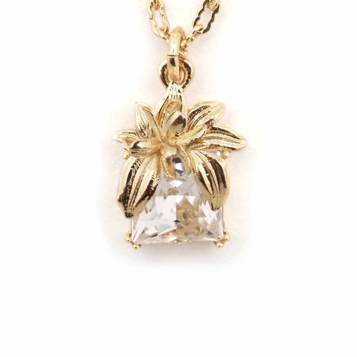The Evelyn Edit Crystal Pendant - Small
