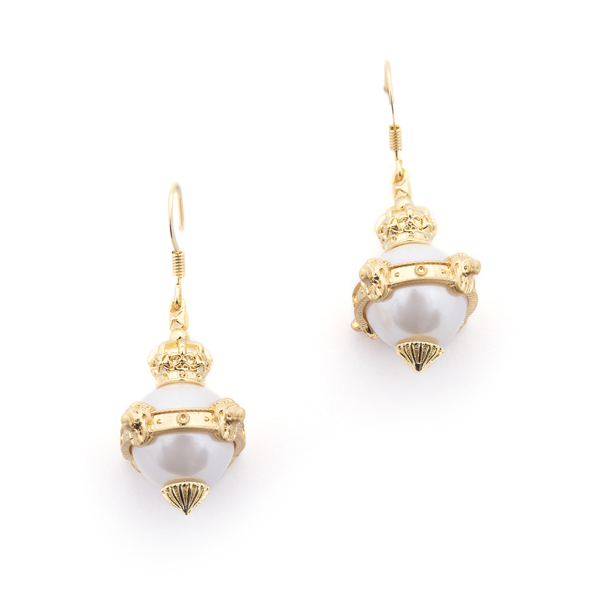 Lion Orb Pearl Earrings