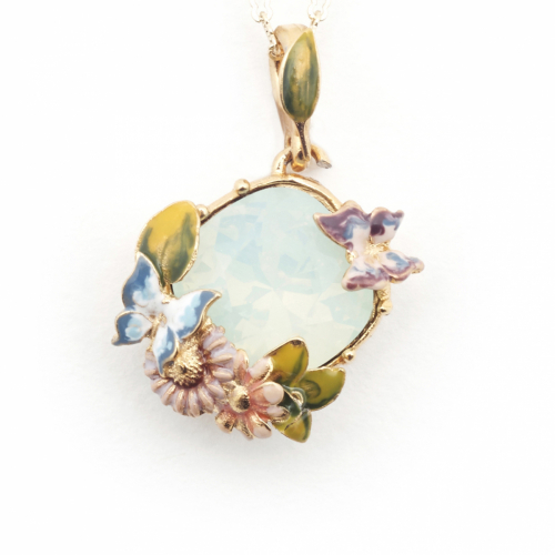 Scenes of Nature Pendant - Chrysolite Opal